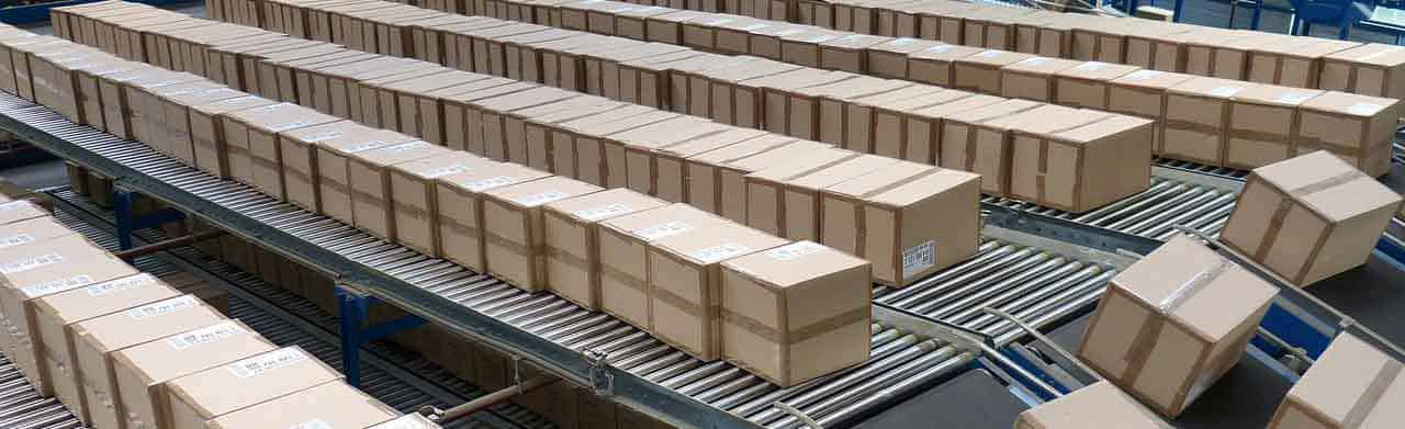 eCommerce business model drop ship warehouse package conveyor lines